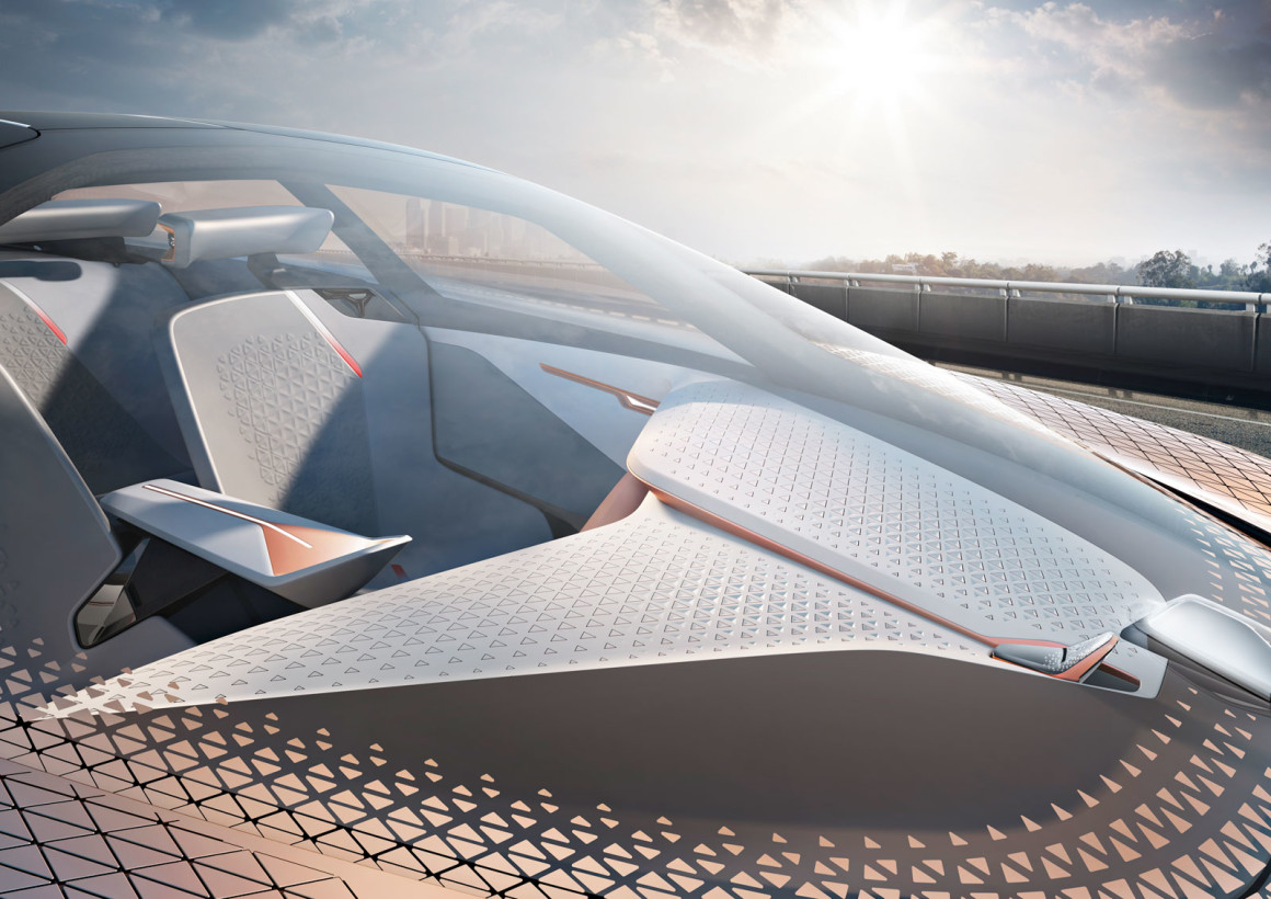 BMW-Vision-Next-100-Concept-Windscreen